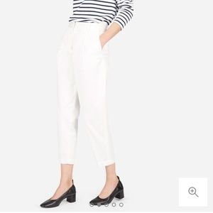 Everlane The Slouchy Chino cropped pants off white